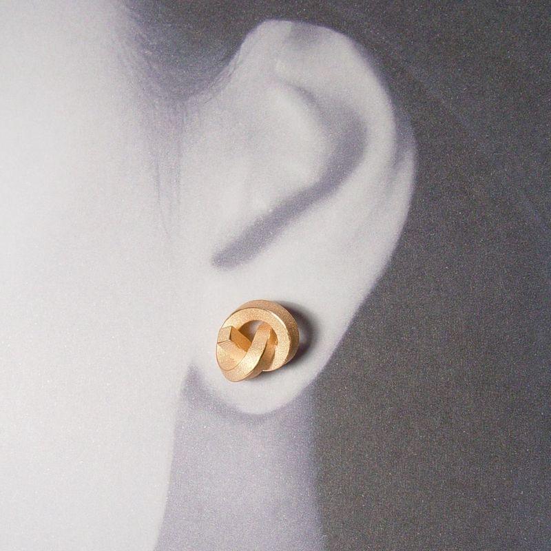 Ohr Knoten - Knotenschmuck